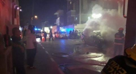 يافا: احراق سيارتين ملكيتهما لإمام مسجد من المدينة