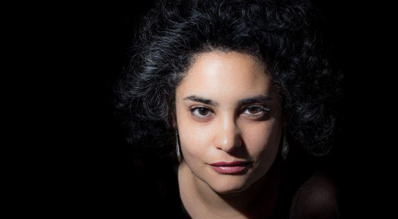 الفنانة الفلسطينيّة هدى عصفور تُطلق ألبومها