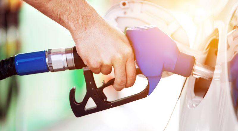 ارتفاع أسعار النفط يكلف الاقتصاد الإسرائيلي مليار دولار سنويًا