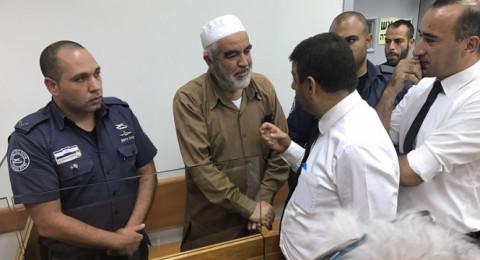 الشيخ رائد صلاح: سجناء يهود شتموني وبصقوا علي