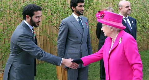 الملكة إليزابيث تحدد موعد تنازلها عن العرش