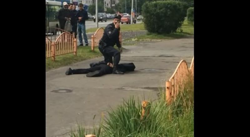 روسيا: إصابة 8 أشخاص في حادث طعن بسكين