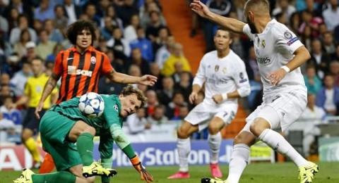 ريال مدريد يكتسح شاختار برباعية في ليلة كريستيانو والارقام القياسية