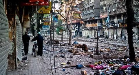 تجدد القصف والاشتباكات بمخيم اليرموك المحاصر