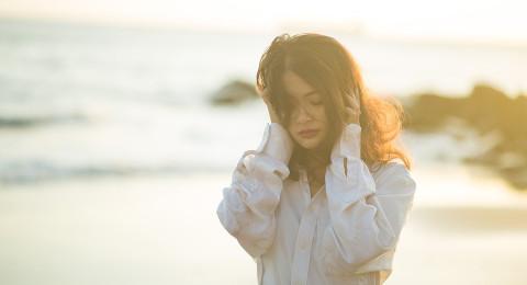 لماذا يصيب الاكتئاب النساء أكثر من الرجال؟
