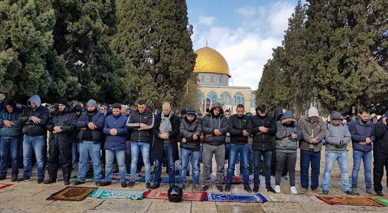 20 الفا يصلون الجمعة في المسجد الاقصى