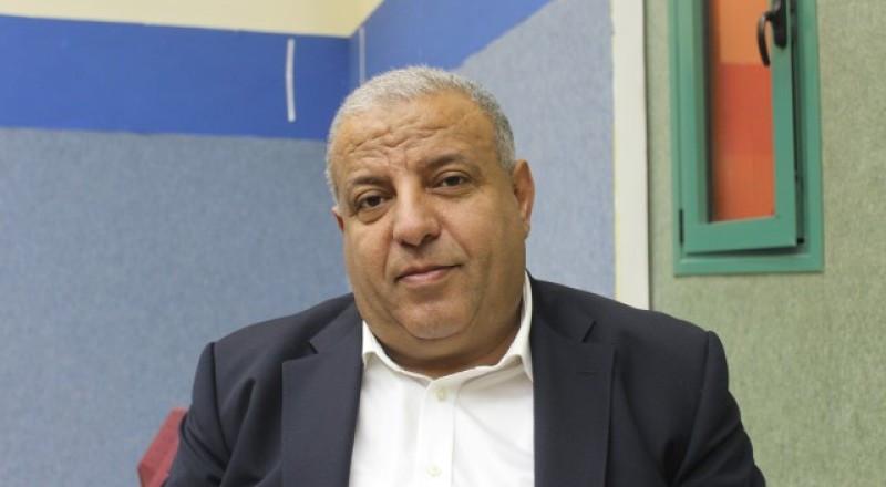 الشرطة: وحدة مكافحة الفساد حققت اليوم مع رئيس مجلس طرعان عماد دحلة