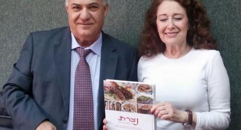 اقتصاديون من جنوب أفريقيا يلتقون رئيس بلدية الناصرة علي سَلام