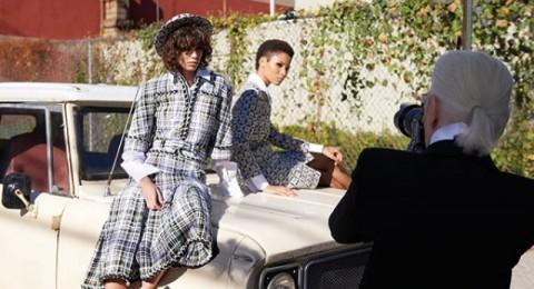 كواليس مجموعة الأكسسورات والملابس لربيع وصيف 2016 من Chanel