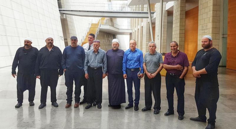 جلسة هامة في محكمة الصلح لتجميد امر الهدم لبيت الشيخ عمار مقلدة!