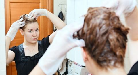 8 خطوات بسيطة اتبعيها لصبغ شعرك لوحدك