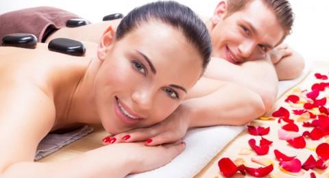 5 امور يريدها زوجك منك في العلاقة الحميمة