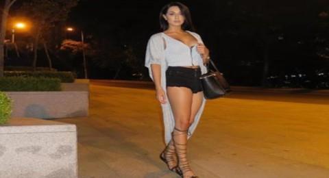 ممثلة إيرانية تشعل المواقع بصورها الجريئة!