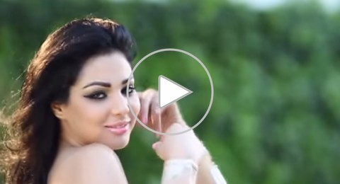 """شبيهة هيفاء وهبي في ستار أكاديمي 10 تفاجأ بأغنية لها على """"يوتيوب"""""""