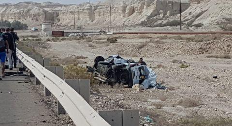 قتيلان و 4 مصابين بينهم رضيع بحادث مروع قرب البحر الميت