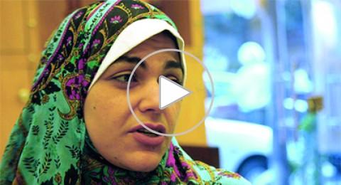 الاعتداء على الناشطة نوارة نجم، ابنة الشاعر أحمد فؤاد نجم