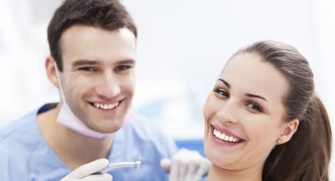 وقف استخدام مرهم مضاد لنزيف الاسنان- بعد اغماء (7) متعالجين