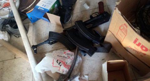 الشرطة: ضبط كمية كبيرة من الاسلحة والذخيرة في البلدات المختلفة