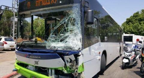 تل ابيب:مصرع سائق دراجة نارية جراء اصطدامه بحافلة