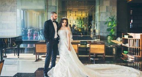 فتاة تكشف فبركة صور حفل زفاف شيري عادل ومعز مسعود