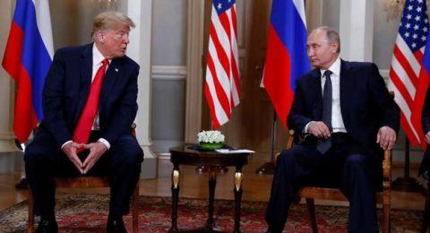 بدء القمة التاريخية بين بوتين وترامب... والأخير يهنىء بالمونديال!