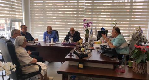 الناصرة:  ادارة المستشفى الفرنسي تزور دار البلدية الجديدة وتهنئ