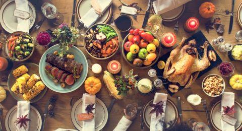 تناول العشاء مبكراً يقي من سرطاني الثدي والبروستاتا