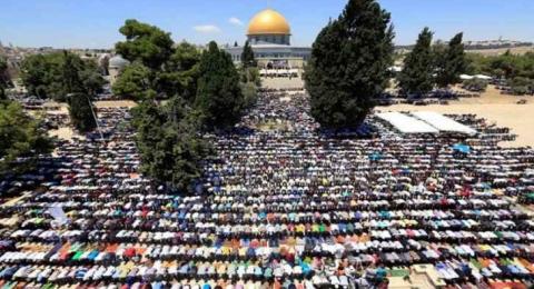 20 ألف مصل يؤدون صلاة الجمعة في المسجد الأقصى