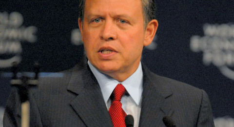 الملك عبد الله يستقبل ثيوفلوس، ويؤكد: مصادرة ممتلكات المسيحيين بالقدس