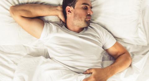 نوم الرجال يؤثر على قدرتهم الإنجابية!