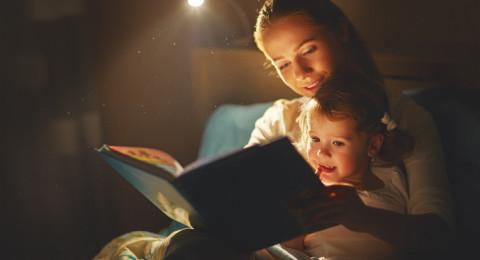 بحث: خلل بالعين يتسبب بعُسر القراءة عند الطلاب