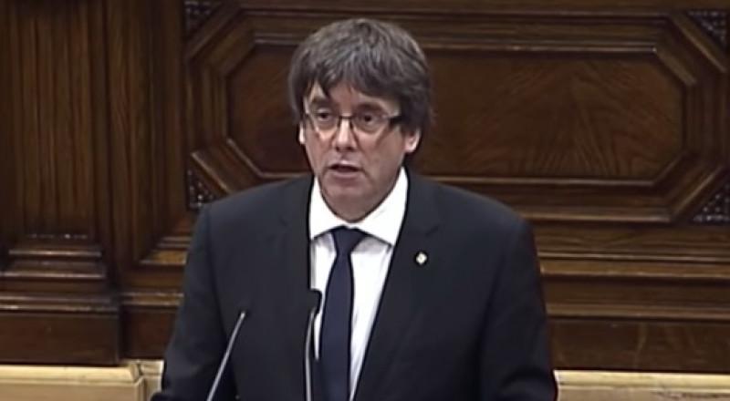 زعيم كتالونيا يطلب لقاء