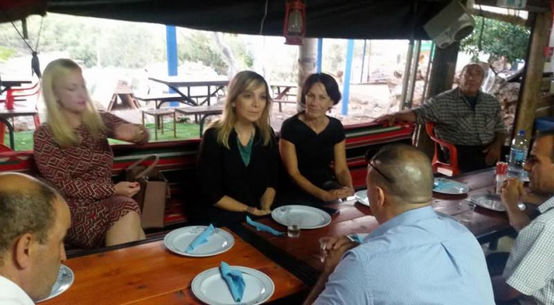 المديرة العامة لوزارة القضاء في زيارة لمجلس الشبلي أم الغنم