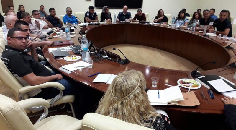 المدير العام لوزارة التعليم يلتقي 30 مديرا في مجال الشبيبة في المجتمع العربي .