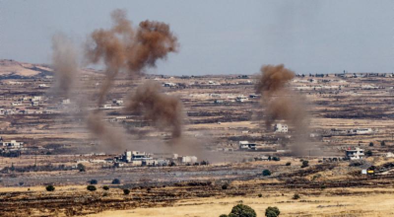 الجيش الإسرائيلي يقصف مواقع للمدفعية السورية بعد سقوط قذائف في الجولان