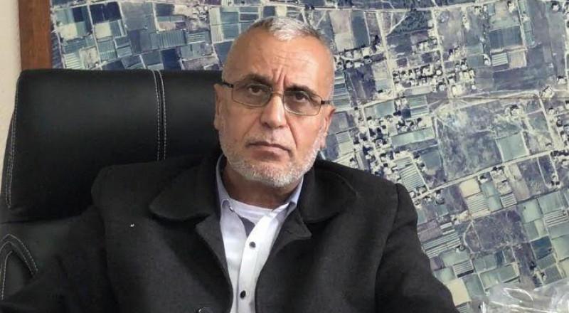 رئيس قلنسوة يناشد اهالي بلده بعدم البناء دون ترخيص