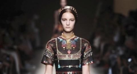 مجموعة أزياء Valentino لربيع وصيف 2014