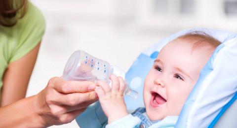 ما هي أسرار ضحكات الطفل الرضيع!