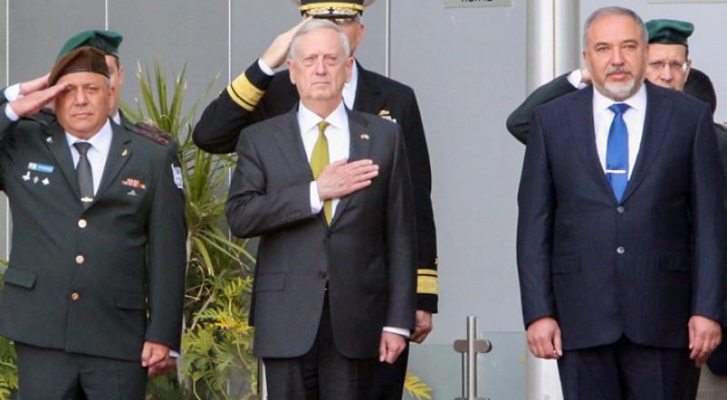 وزير الدفاع الأمريكي يزور إسرائيل: يهاجم إيران ويمتدح السعودية