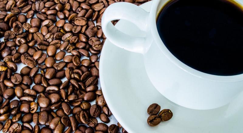 هذا ما عليكِ إضافته إلى قهوتكِ لحرق الدهون العنيدة