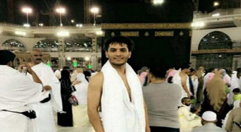 محمد عساف يؤدي مناسك العمرة