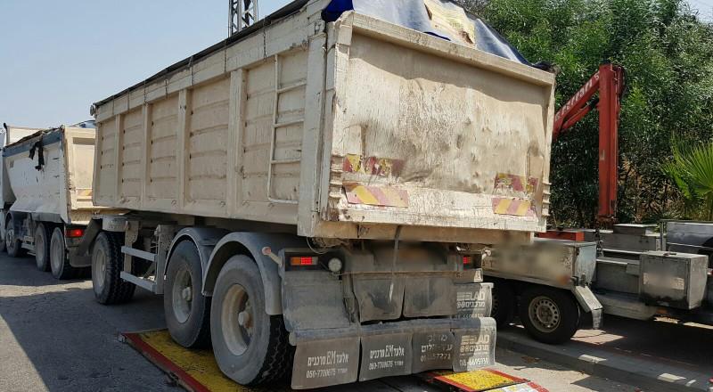 السلامة العامة على طرقات البلاد والشرطة تشدد قبضتها على مخالفات الشاحنات