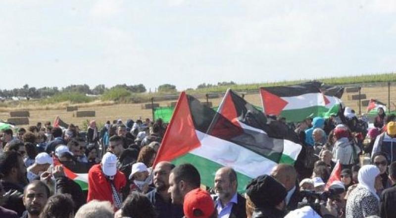 قانون جديد: السجن خمس سنوات لمن يرفع العلم الفلسطيني!