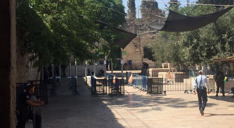 هل انتصر إصرار أهل القدس ؟ نتنياهو يدرس إزالة البوابات الالكترونية