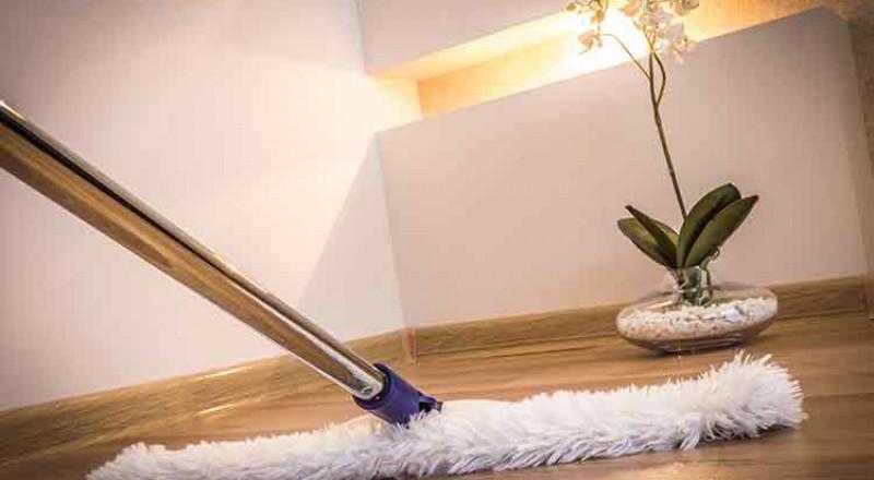 نشطف بلوس: كيف ننظف مختلف أنواع الأرضيات؟