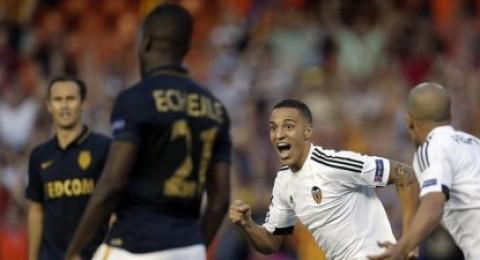 فالنسيا يهزم موناكو في ذهاب تصفيات دوري الأبطال