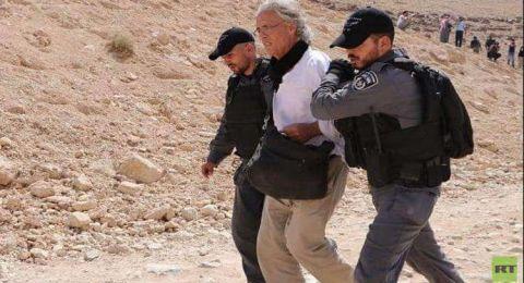 إسرائيل ترحل ناشطا غربيا متضامنا مع الفلسطينيين