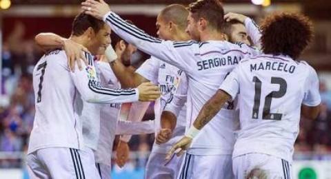 المدمر ريال مدريد يكتسح ايبار برباعية وكريستيانو لايرحم