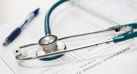 وزارة الصحة تقرر تغييرات كبيرة في دورات التحضير والامتحان الحكومي لطلاب الطب