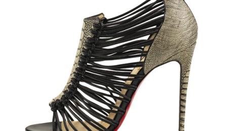كوني متألقة بأحذية كريستيان لوبوتان ربيع 2016